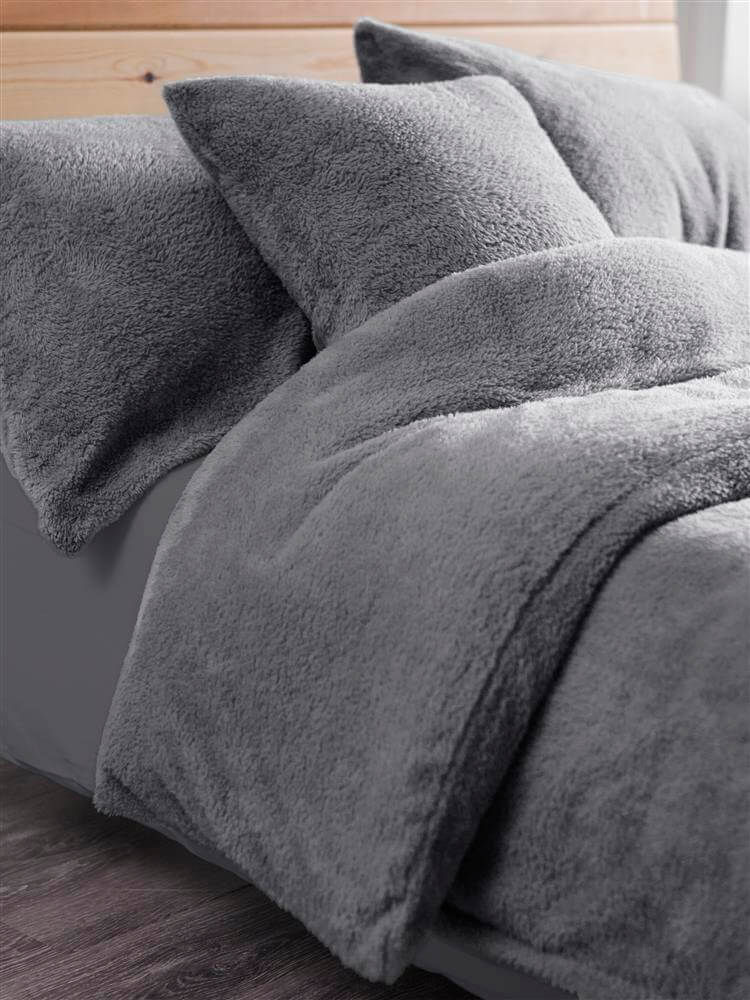 Teddy Fleece Duvet Set Throw And Cushion Covers De Lavish